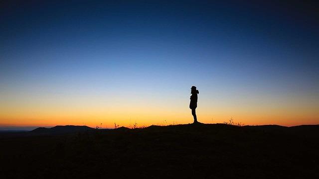 地平線の朝日